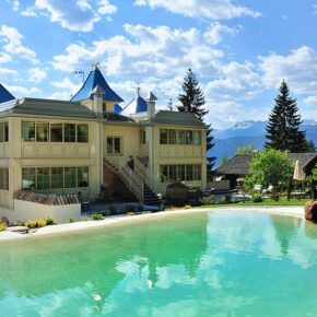 Wellness-Wochenende: 3 Tage Trentino in TOP 5* Villa mit Frühstück, Whirlpool & mehr nur 139€
