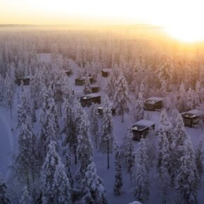 Iisakki Glass Village Dorf