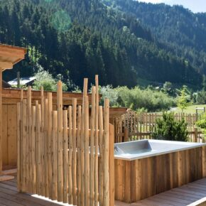 Holzlebn Charlets Whirlpool