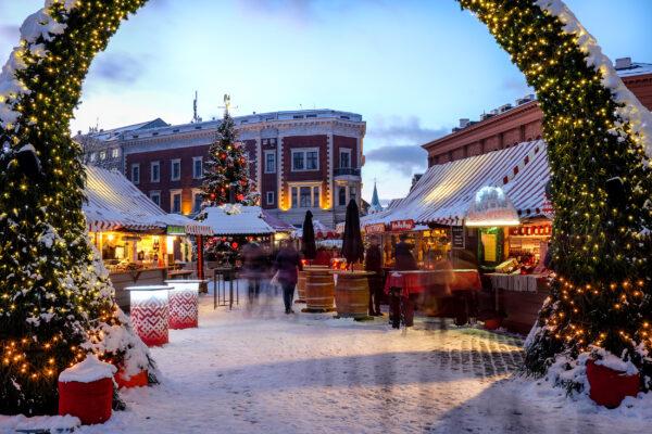 Lettland Riga Weihnachtsmarkt Eingang