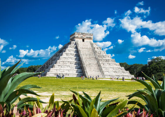 Mexiko chichen Itza Frontal