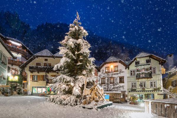 Österreich Hallstatt Winter Schnee