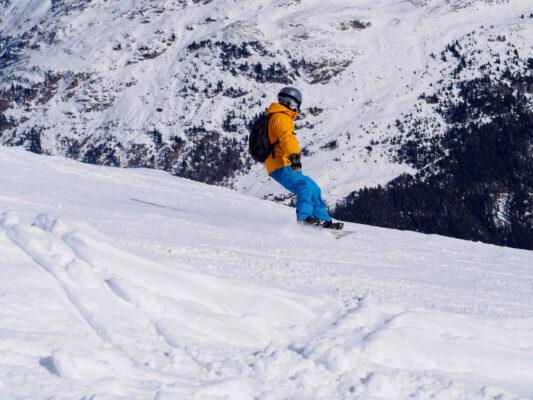 Österreich Sölden Snowboarder