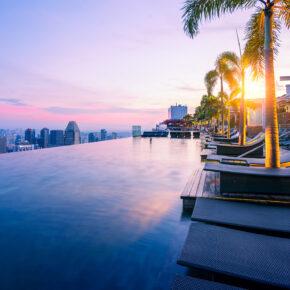 Die Top 8 Hotels mit Infinity Pool weltweit: Spektakuläre Erlebnisse mit Aussicht