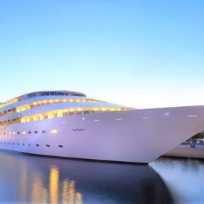 Nacht auf 'ner Yacht: 2 Tage London im TOP 4* Superyacht-Hotel mit Frühstück für 91€