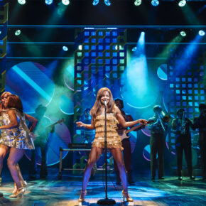 TINA – Das Tina Turner Musical: 2 Tage Hamburg im TOP 4* Hotel mit Frühstück & Musical-Ticket ab 118€