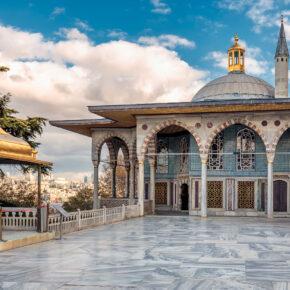 Langes Wochenende in Istanbul: 4 Tage im TOP 4* Hotel mit Frühstück, Flug & Gepäck nur 154€