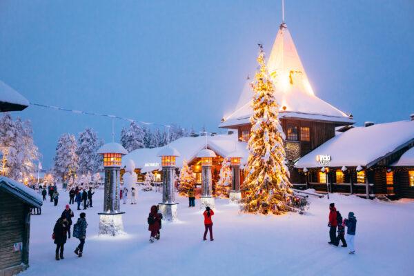 Weihnachtsmanndorf Lappland Eingang