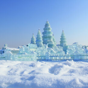 Winterwunderland in China: 14 Tage Harbin zum Eisfestival mit Unterkunft & Flug nur 465€