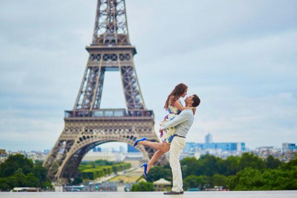 Frankreich Eiffelturm Pärchen