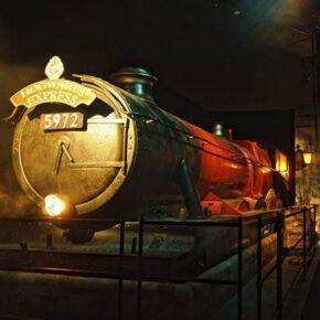 Harry Potter™: The Exhibition Hogwarts Express