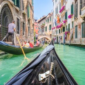 A&O Hotels & Hostels: 2 Tage in vielen europäischen Städten ab 2€