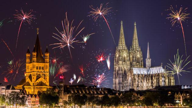 Köln Panorama Feuerwerk