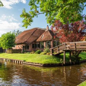 Märchenwelt: 2 Tage am Wochenende in Giethoorn in den Niederlanden im 3* Hotel mit Frühstück nur 45€