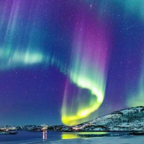 Kreuzfahrt zu den Nordlichtern: 12 Tage Norwegen mit Vollpension, Flug, Transfer & Extras ab 1499€