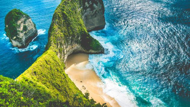Nusa Penida Kelingking Beach
