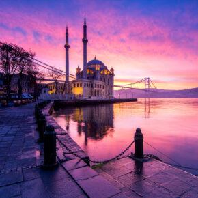 Langes Wochenende in Istanbul: 4 Tage im TOP 4* Hotel inkl. Frühstück & Flug nur 169€