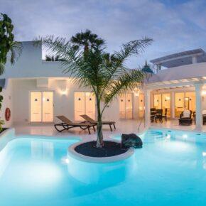 Kanaren: 5 Tage in TOP Villa auf Fuerteventura mit Halbpension & Extras nur 404€