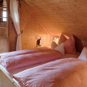 Almdorf Seinerzeit: Hütte Schlafzimmer