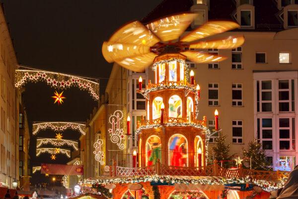 Dresden Weihnachtsmarkt Pyraide