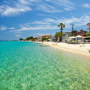 Entspannen in Griechenland: 8 Tage Chalkidiki mit tollem Apartment am Meer & Flug nur 78€