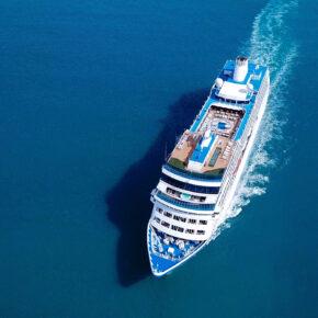 Neue Kreuzfahrtschiffe: Diese Schiffe stechen 2019 & 2020 in See