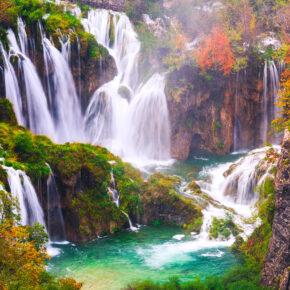 Kroatien am Wochenende: 4 Tage im Nationalpark Plitvicer Seen mit Unterkunft & Flug für 41€