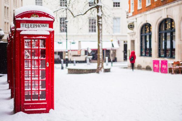 England London Telefonzelle Schnee