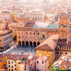 Wochenende in Bologna: 3 Tage Italia im 4* Hotel mit Frühstück & Flug nur 90€