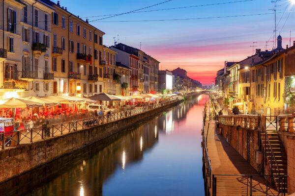 Italien Mailand Naviglio Grande Abend