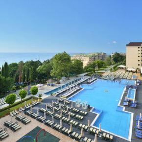 Frühbucher Bulgarien: 8 Tage Goldstrand im 5* Hotel mit All Inclusive, Flug, Transfer & Zug nur 343€