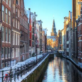 24 Stunden Sale: 2 Tage Amsterdam im zentralen 4* Hotel ab 44€
