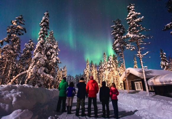 Norwegen Polarlichter Menschen