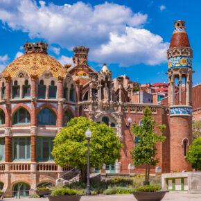 Langes Wochenende in Barcelona: 4 Tage in TOP Unterkunft mit Frühstück & Flug nur 93€