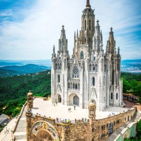 Spanien Barcelona Tibidabo weiß