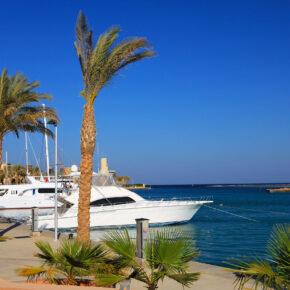 Ägypten Port Ghalib Promenade Schiff