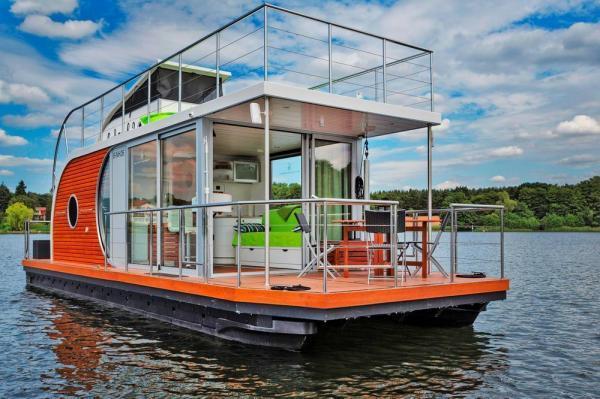 Dahme Hausboot Aussen