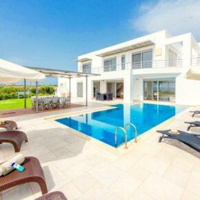 Griechenland mit Freunden: 8 Tage Kreta in Luxus-Villa mit Pool ab 146€