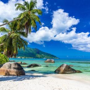 Traumreise: 8 Tage Seychellen in 3* Villa mit Frühstück & Flug nur 642€
