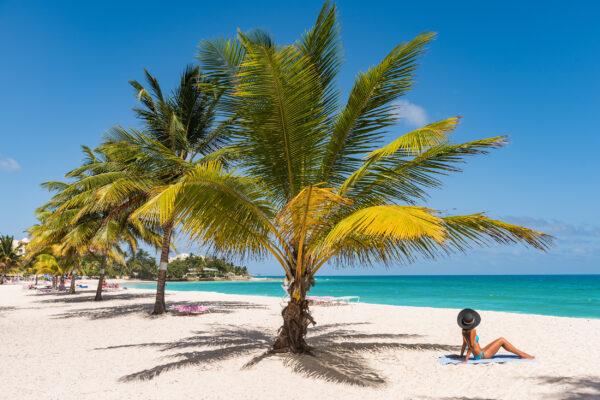 Barbados Strand Frau