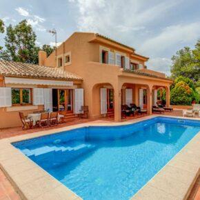 Mallorca: 8 Tage in Luxus-Villa mit privatem Pool für 114€