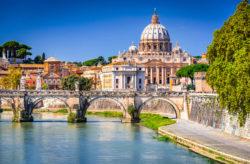 Kurztrip in die Stadt des Genusses: 3 Tage Rom mit zentralem 4* Hotel, Frühstück & Flug a...