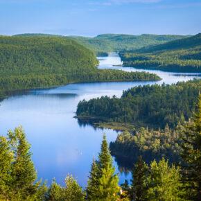 Fly & Drive: 14 Tage Roadtrip durch Kanada mit Flug & SUV nur 599€
