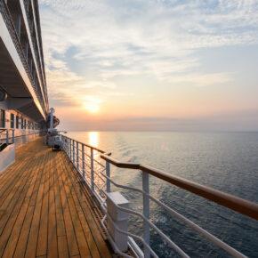 Abenteuer: Kreuzfahrt von Barcelona nach Genua inkl. Balkon-Kabine, Vollpension & Flug nur 136€