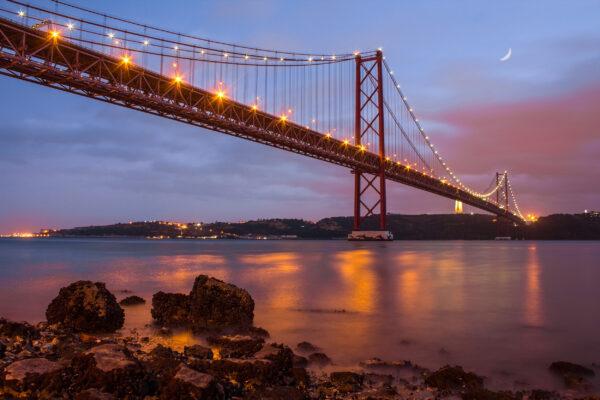 Portugal Lissabon Abril Bridge