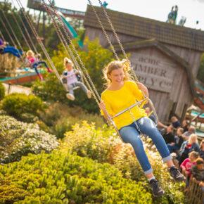 Familienausflug: 3 Tage im AWARD Freizeitpark Slagharen mit Übernachtung & Eintritt ab 45€