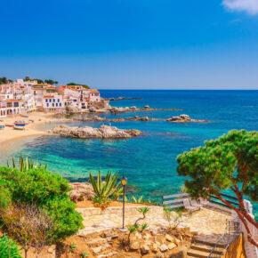Sonne satt in Spanien: 8 Tage Costa Brava in Unterkunft mit Pool & Flug nur 82€