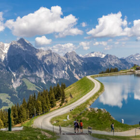 Wellness & Aktivurlaub in Tirol: 3 Tage im 4* Hotel mit All Inclusive & Spa ab 129€