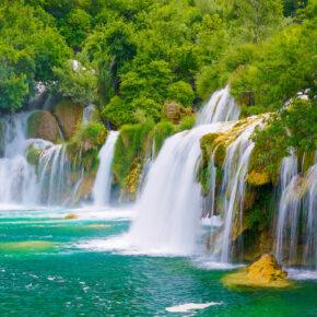Im Sommer 2021 nach Kroatien: 8 Tage am Krka Nationalpark mit Unterkunft & Flug nur 153€