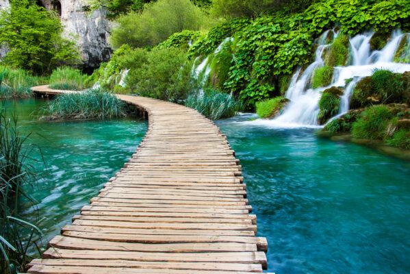 Kroatien Plitvice Nationalpark Steg